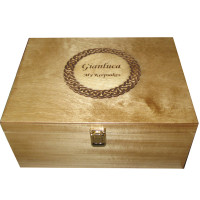 Limewood A4 Memory Box with engraved nameplate