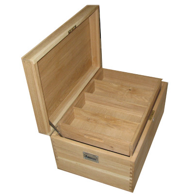 Oak Box XL open with tray2