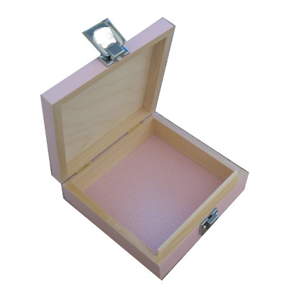 Small Keepsake Box Pink Felt open