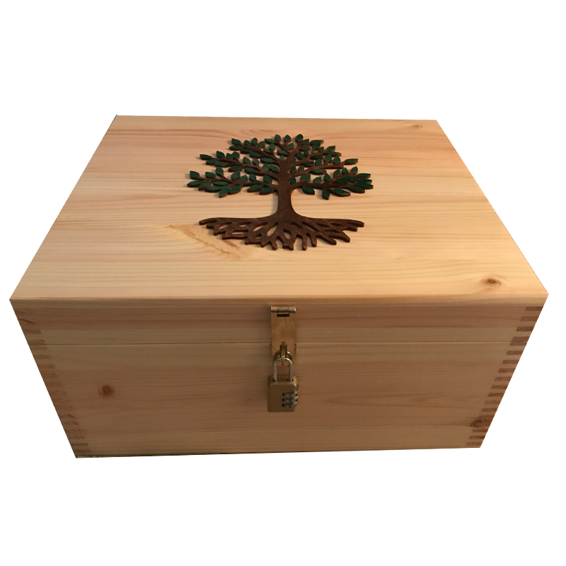 Natural Large Pine Keepsake Box With Lock