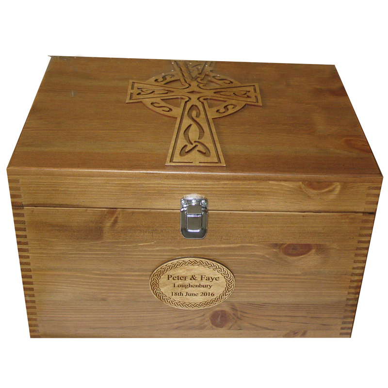 Rustic Pine XL Keepsake Box Celtic Cross with rope border engraved nameplate